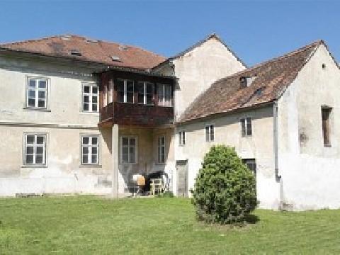 Historisches Gebäude mit Potential