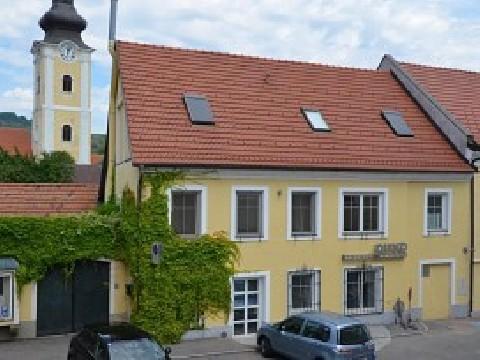 Renoviertes Stadthaus im Zentrum von Mautern