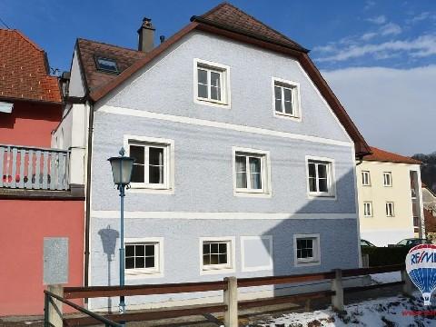 Günstig, größzügig Wohnen - Donaublick inklusive