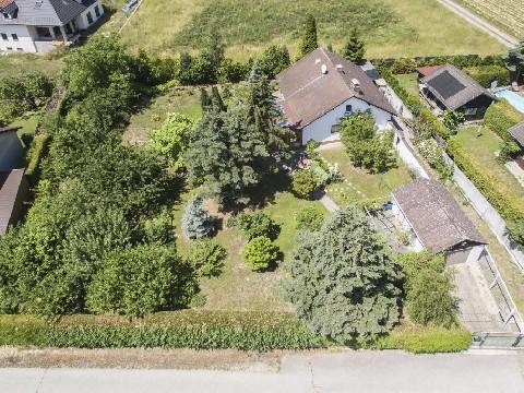 Gemütliches Landhaus mit großem Garten