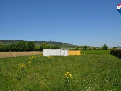 Sonniges Baugrundstück in Walpersdorf