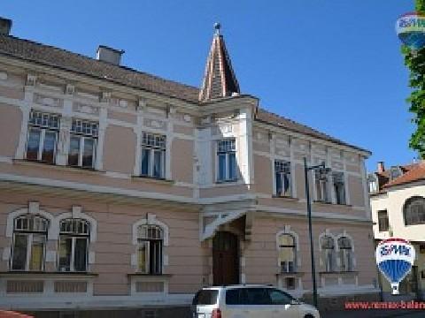 Mehrparteienhaus