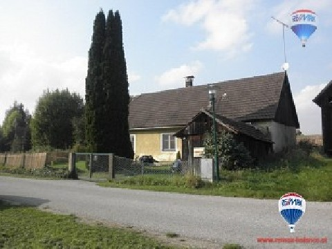 Kleines Haus in Marbach im Felde