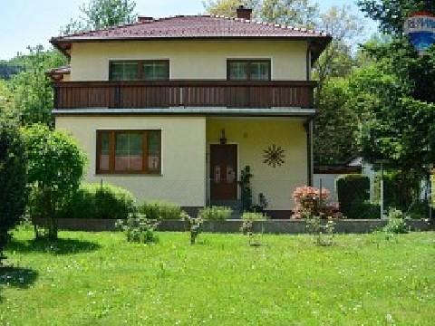 Gepflegtes Einfamilienhaus mit großem Garten in Elsarn